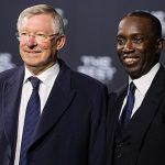 Dwight Yorke: 'Alex Ferguson tin Mourinho sẽ không đổi lối chơi'