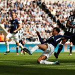 Tottenham cho Newcastle trái đắng ngày trở lại Ngoại hạng Anh