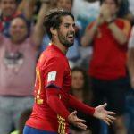 Ngôi sao của Real tỏa sáng, Tây Ban Nha đè bẹp Italy