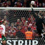 CH Ireland cầm chân Đan Mạch ở lượt đi play-off