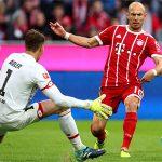 Robben ghi bàn bằng chân phải sau gần ba năm, Bayern đại thắng