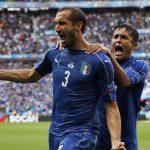 Chiellini: 'Guardiola khiến hậu vệ Italy lụi tàn'