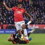 Phung phí cơ hội, Man Utd đánh rơi chiến thắng trên sân Leicester