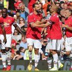 Van Nistelrooy ghi bàn khi khoác áo Man Utd đấu Barca