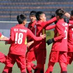 Việt Nam đè bẹp Campuchia dù thiếu người ở vòng loại U16 châu Á