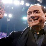 Berlusconi chỉ trích AC Milan