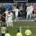 Barca không xếp hàng chào đón nhà vô địch Real