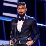 Cú đá kiểu bọ cạp của Giroud giành giải Bàn thắng đẹp nhất mùa