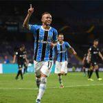 Tuyệt phẩm sút cứa lòng đưa Gremio vào chung kết FIFA Club World Cup