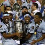 Gremio vô địch Nam Mỹ, làm đối trọng với Real ở FIFA Club World Cup