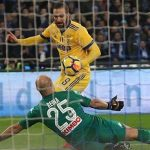 Higuain khiến Napoli lần đầu gục ngã ở Serie A mùa này