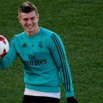 Real tính bán Kroos cho Man Utd, dọn chỗ đón Neymar