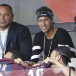 Neymar dắt mũi Barca từ đầu hè trong vụ chuyển sang PSG