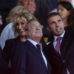 Chủ tịch Perez nổi giận trong phòng thay đồ Real