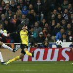 Ronaldo sút xa ghi bàn, Real thắng Dortmund sau màn rượt đuổi