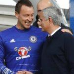 Terry sẵn sàng 'rời sân trong quan tài' vì Mourinho