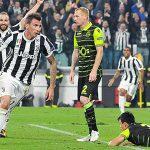 Juventus chật vật bám đuổi Barca