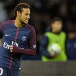 Neymar 'mất tích', Cavani giúp PSG thắng đậm đội của Ranieri
