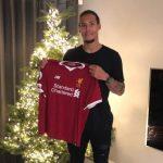 Trung vệ Van Dijk gia nhập Liverpool với giá 100 triệu đôla