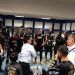 Maradona vào phòng thay đồ sân Bernabeu để cổ vũ Napoli