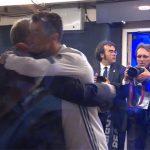 Ronaldo ôm chặt Ferguson sau trận chung kết Champions League
