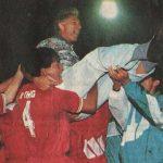 HLV Hữu Thắng và các học trò tưởng nhớ Weigang trước trận Jordan