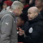 Wenger đối mặt án cấm chỉ đạo dài hạn vì xô xát với trọng tài