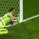 Chile và những màn đá luân lưu gieo sầu cho Messi - Ronaldo
