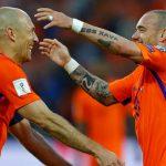 Hà Lan thắng đậm trong ngày Sneijder lập kỷ lục ra sân