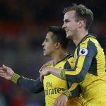 Sanchez và Ozil lập công, Arsenal nuôi hy vọng Top 4