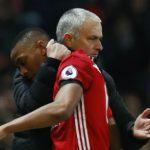 Mourinho: 'Man Utd sẽ bị bỏ lại phía sau Top 4'