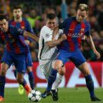 Cầu thủ Barca định buông xuôi sau pha ghi bàn của Cavani