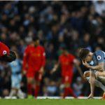 Liverpool và Man City níu chân nhau trong cuộc đua top 4