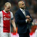 HLV Ajax: 'Man Utd không hay hơn chúng tôi'