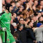Wenger tính 'trảm' Petr Cech vì sai lầm ngớ ngẩn trước Chelsea