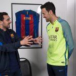 Nhà ảo thuật Anh góp phần giúp Barca ngược dòng loại PSG