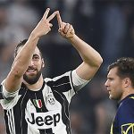 Juventus củng cố ngôi đầu Serie A nhờ cú đúp của Higuain