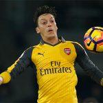 Ozil: 'Tương lai của tôi tại Arsenal tùy thuộc vào Wenger'