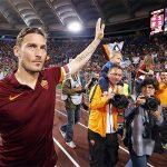 HLV mới của Roma thuyết phục Totti ở lại