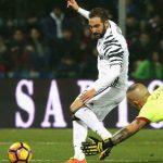 Higuain ghi bàn, Juventus dễ dàng đánh bại đội áp chót bảng