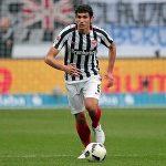 Real triệu hồi trung vệ 20 tuổi thay thế Pepe