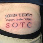 CĐV Aston Villa xăm tên Terry vào mông