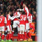 Arsenal đánh bại Leicester nhờ bàn phản lưới cuối trận