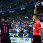 HLV Luis Enrique: 'Cầu thủ Barca buộc dây giày cũng bị thẻ phạt'
