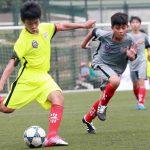 Cầu thủ nhí bay đêm đá bán kết U13 bóng đá học đường
