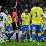 Bale nhận án treo giò hai trận vì tấm thẻ đỏ trực tiếp