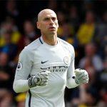 Cựu thủ môn của Man City về Chelsea