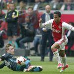 Con trai cựu danh thủ Kluivert cảnh báo Man Utd bằng tuyệt phẩm sút xa