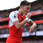 Ballack: 'Ozil nên rời Arsenal, về Bayern để giành danh hiệu lớn'