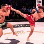 Võ sĩ MMA mất đai vô địch sau pha ngã ngửa